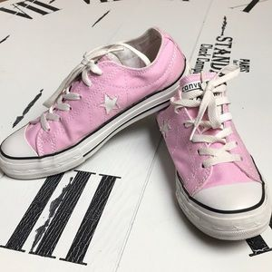 Pink Converse One Star Size 6